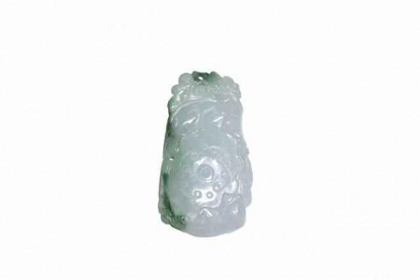 Drachen-Amulett 28x52mm,Jade Burma lavendel