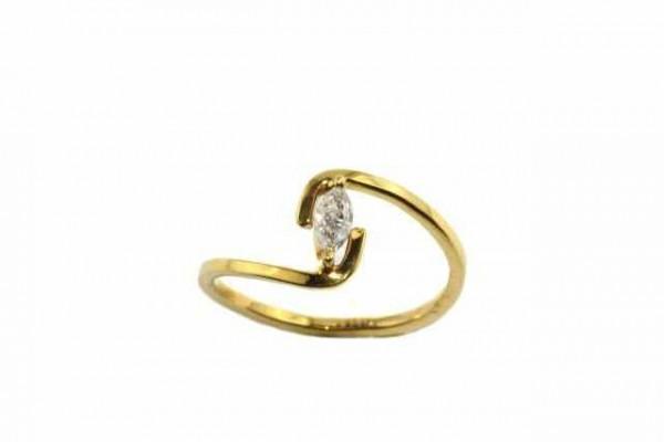 Ring Größe 54, 18K Gelbgold mit Diamant-Navette 0,20ct
