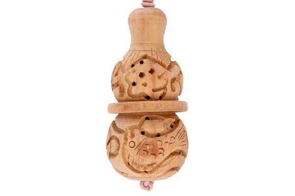 Kalasha 32x68mm aus Holz mit Lederband