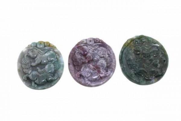 Hasen-Amulett mit 1mm Bohrung, 42x45mm, Achat